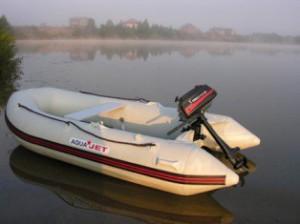 лодка МЕ300